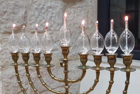 Hannuka in Jerusalem (video).